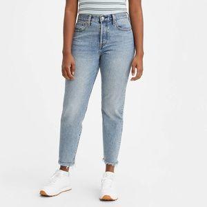 27- Levis Wedgie premium Fit Women's Jeans